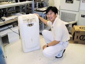 """물 에어컨을 개발한 이대영 박사는 """"자연현상의 원리를 효과적으로 적용할 수 있는 아이디어만 있으면 얼마든지 좋은 제품을 만들 수 있다""""고 강조한다."""