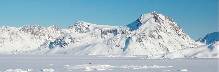 북극 바다밑에는 해령이 세 개나 있다. 바닷물이 사라진다면 이들은 거대한 산맥처럼 보일 것이다.