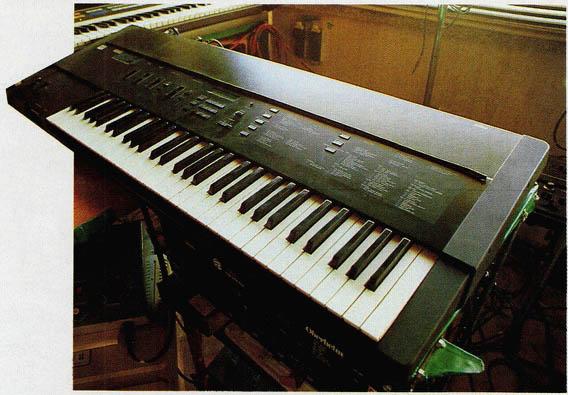 첨단의 선율-컴퓨터 음악 디지틀 오키스트라