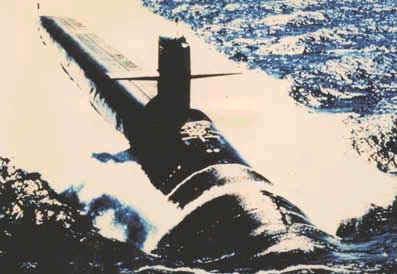방사능 위험안고 해저 누비는 핵잠수함