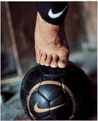 오른발보다 왼발이 더 길다