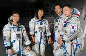 한국 우주인후보, 크리스마스에 탄생하기까지