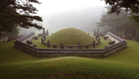조곤조곤 풀어보는 문화재의 수수께끼 ④ 조선 왕릉 연구의 기틀을 닦다