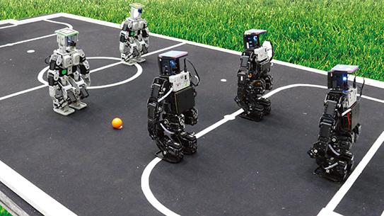 [Hot Issue] 스무 살 맞은 한국 토종 로봇축구대회, FIRA컵