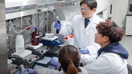 [Career] 나노물질과 인체의 '궁합' 봅니다