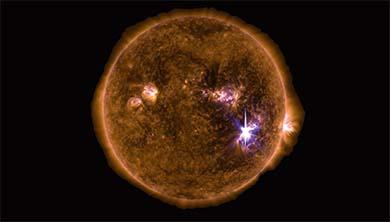 초강력 태양폭풍 지구 강타한 이유