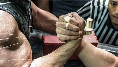 [Culture] '팔뚝 요정'이 들려주는 팔씨름의 과학