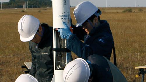 KAIST 과학로켓 우리새-2호 하늘을 날다
