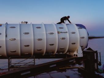 수압, 감수하시겠습니까... 해저 36m 수중 데이터센터