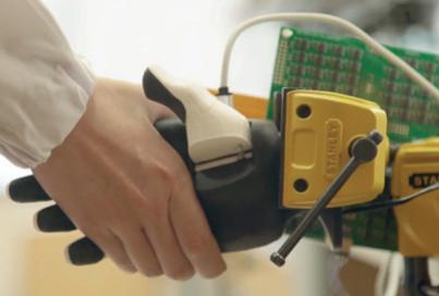시각, 청각, 촉각 로봇에게 가장 중요한 감각은?