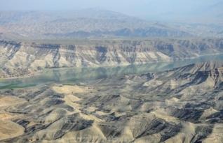 제국의 무덤이 된 지질학 요새, 아프가니스탄